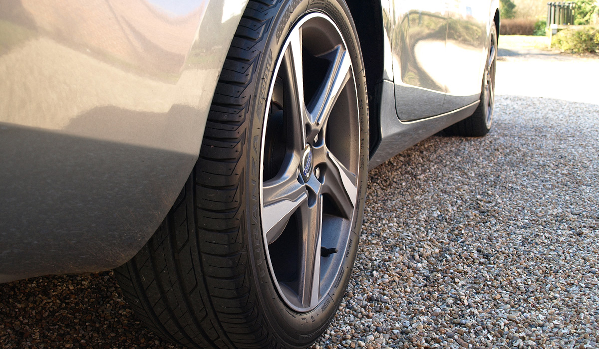 K&M Tyres | Car-Van-4x4 Tyres-Supply-Fitting-Repairs-Suffolk-East Anglia