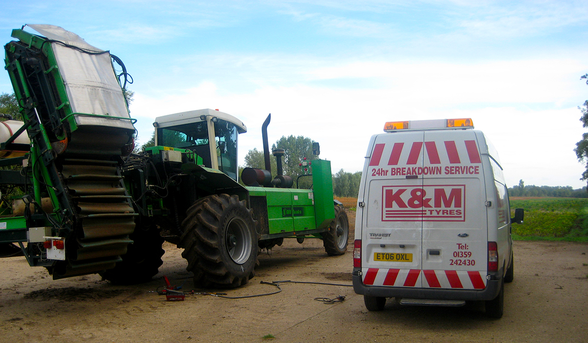 K&M Tyres | Agricultural-Commercial-Car-Tyre Fitting-Suffolk